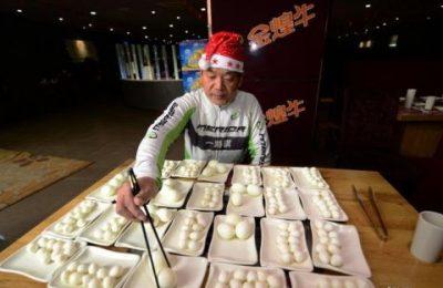 рекорд по поеданию яиц