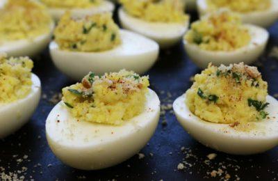 Закуска с яйцами