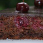 Постные кексы вишнево-шоколадные