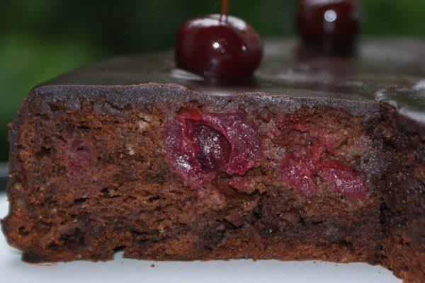 Постные кексы вишневые