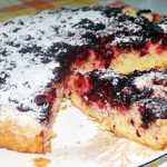 Открытый, сладкий пирог с творогом