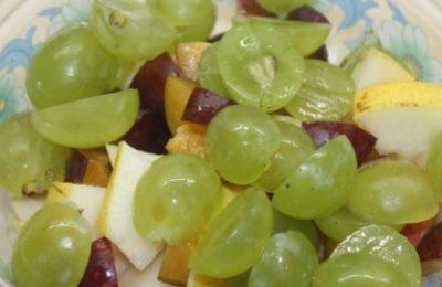 Сельдь с виноградом