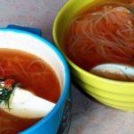 Необычный куриный суп с овощами и фунчозой